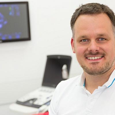 Dr. Robert Höpfner, Oberarzt Kardiologie, Diplomate ECVIM-CA (Cardiology), FTA f Kleintiere | Kardiologie