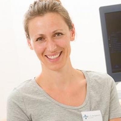 Dr. Susanne Mangelsdorf | Diplomate ECVIM-CA (Internal Medicine), Fachtierärztin für Innere Medizin der Kleintiere